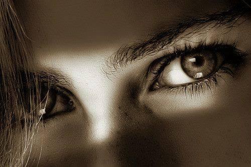 Non guardate un uomo negli ochhi