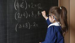 Il grembiule a scuola è giusto?